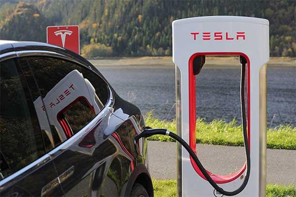 Tesla Car, charging