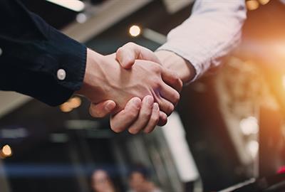 partnership-handshake-550x325